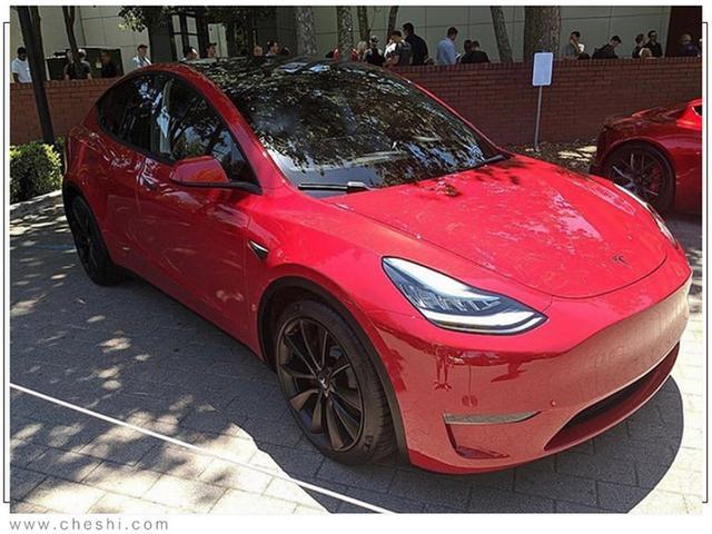 Tesla Model Y (2019) 59
