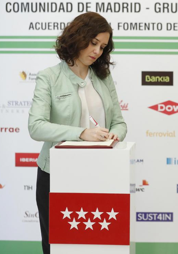 Isabel Díaz Ayuso - Página 5 Xjsd93fe3
