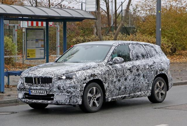 2022 - [BMW] iX1 D2101686-FEA8-4-E0-A-9329-31-F668-FFAC3-E