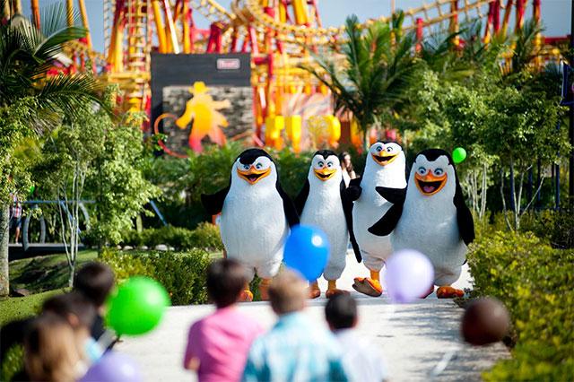 Beto-Carrero-Pinguins-Divulga-o-Beto-Carrero-World-mail-Carolina