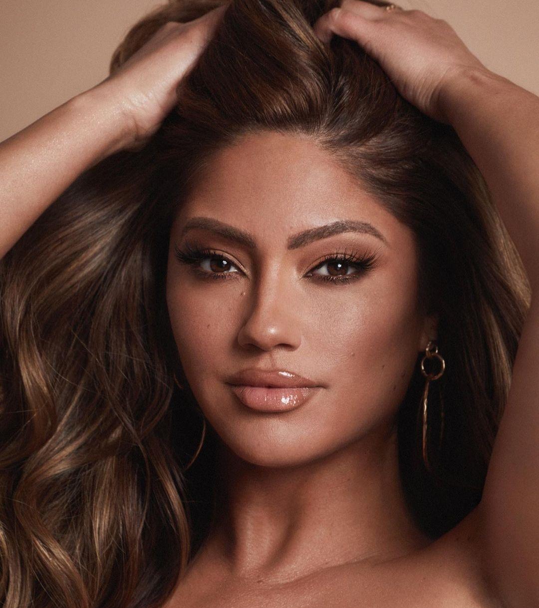 Jessica-Burciaga-Wallpapers-Insta-Fit-Bio-6