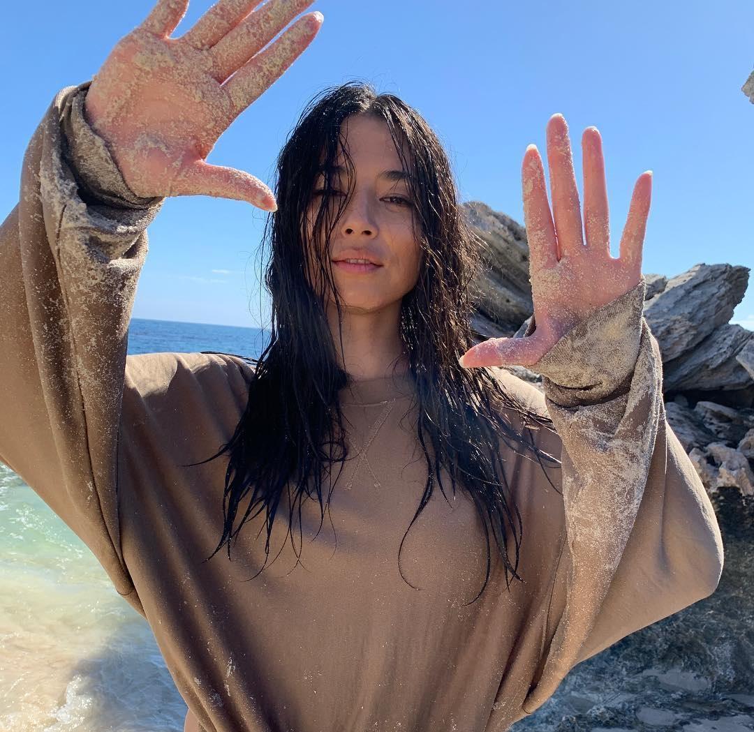 Jessica-Gomes-Wallpapers-Insta-Fit-Bio-7