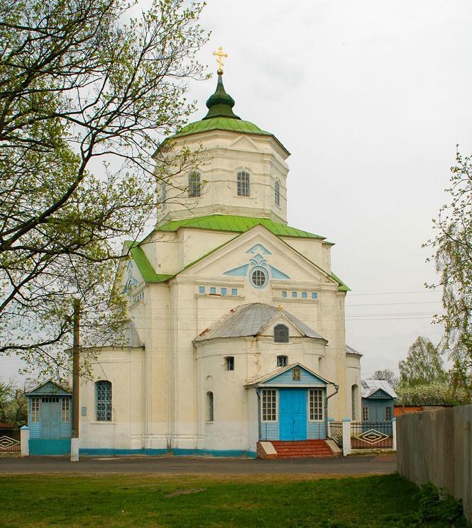 Короп. Свято-Вознесенська церква (1764). Фото — Sergey V. Tarasov (2006).
