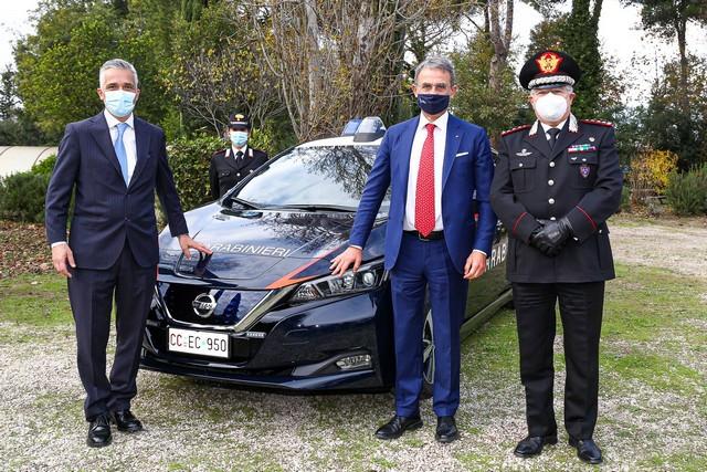 52 Nissan Leaf Pour Les Carabiniers Italiens LEAF-CARABINIERI-da-sx-ing-Paolo-Matteucci-Ministro-Sergio-Costa-Gen-C-A-Ciro-D-Angelo-source