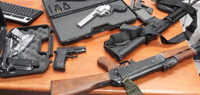 Israel-Police-guns-confiscated-twitter-7-19