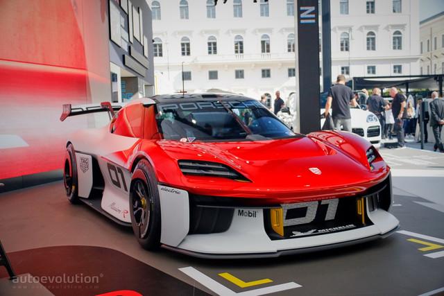 2021 - [Porsche] Mission R - Page 2 ABB2-A8-FC-9-BB6-48-A7-854-E-0-CDEE95-A04-F5