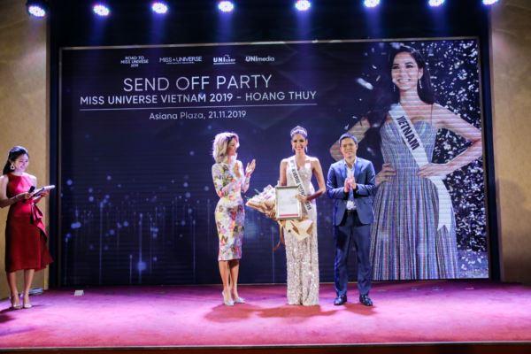 Hop-bao-Cong-bo-Hoang-Thuy-la-dai-dien-Viet-Nam-tai-Miss-Universe-2019-21-11-2019-Miss-Universe-Vietnam-50-1600x1200.jpg