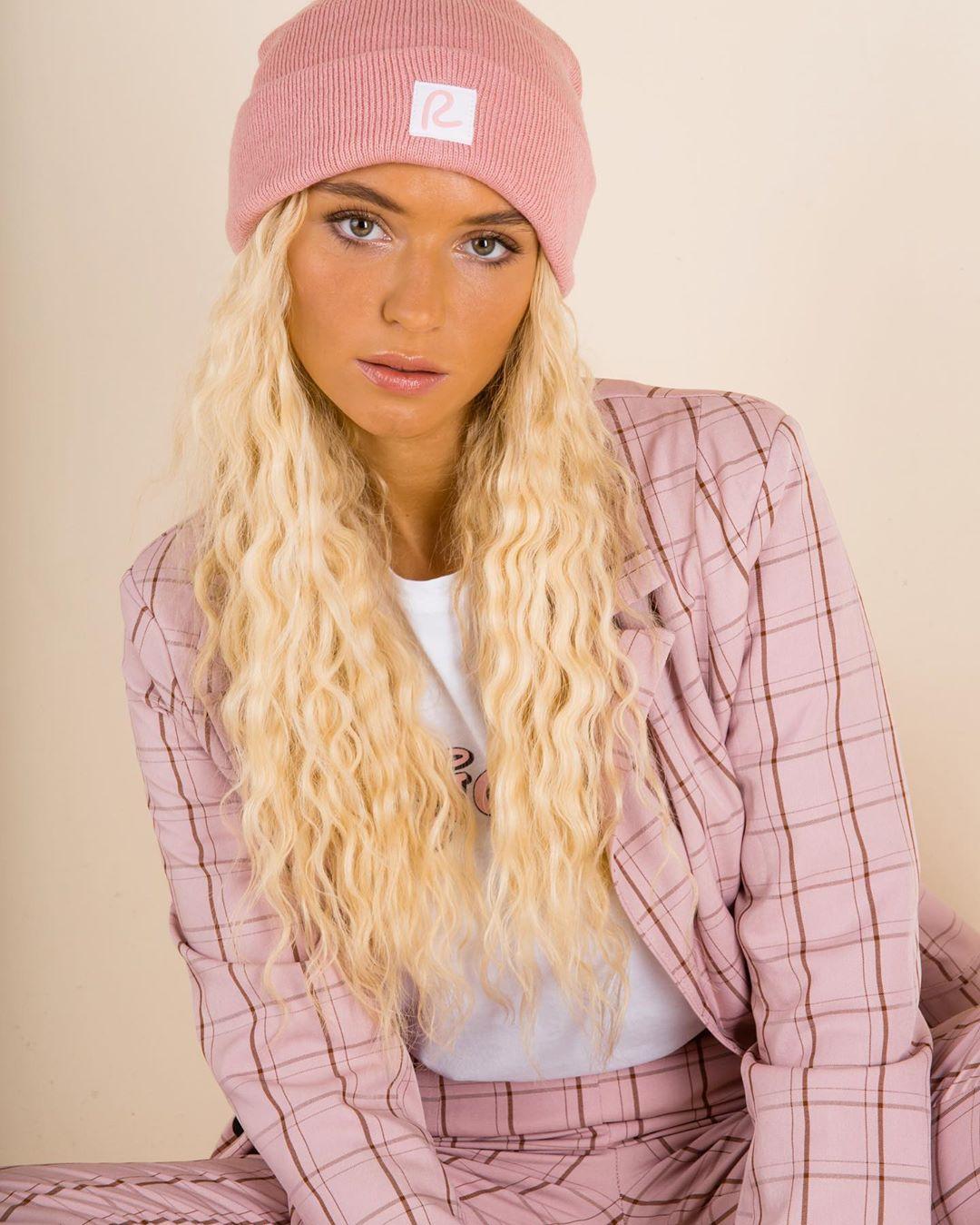 Lucie-Rose-Donlan-Wallpapers-Insta-Fit-Bio-5
