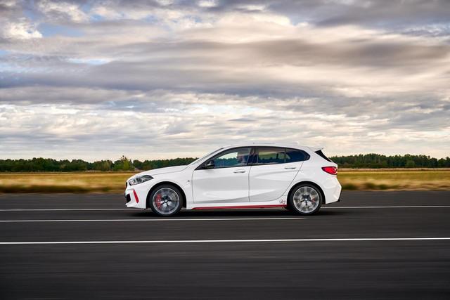 2018 - [BMW] Série 1 III [F40-F41] - Page 31 F8-E2-BA7-B-1-C27-433-F-B931-78-E885-CA289-D