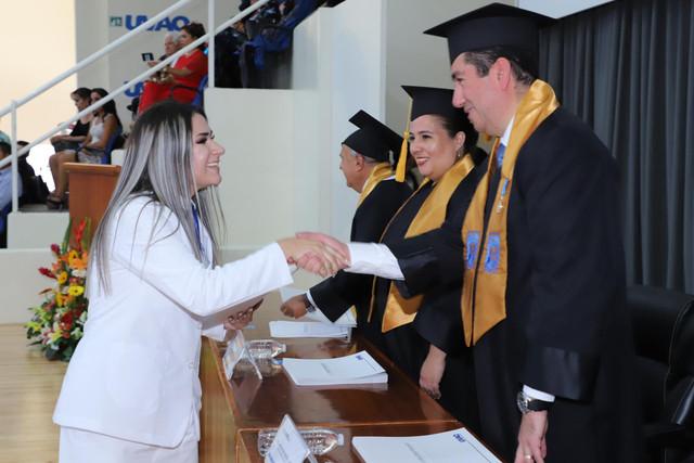Graduacio-n-Medicina-119
