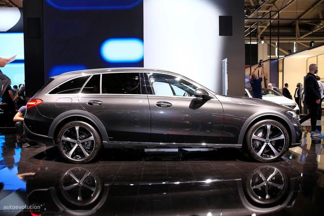 2021 - [Mercedes-Benz] Classe C [W206] - Page 18 A1-AB1-BE5-A6-D4-44-C8-BF89-B6-DCC345-AEE0