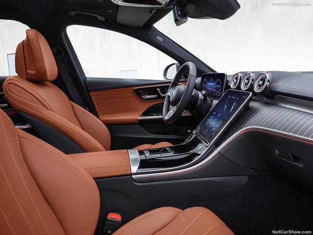 2021 - [Mercedes-Benz] Classe C [W206] - Page 18 42871-B58-8-DEC-456-F-87-E5-E6-F1-A1581-F00