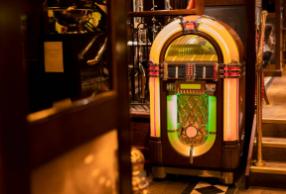 Sydney-Retro-Jukebox-Hire