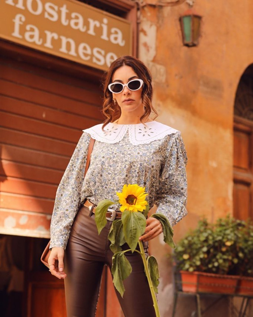 Melita-Toniolo-Wallpapers-Insta-Fit-Bio-10