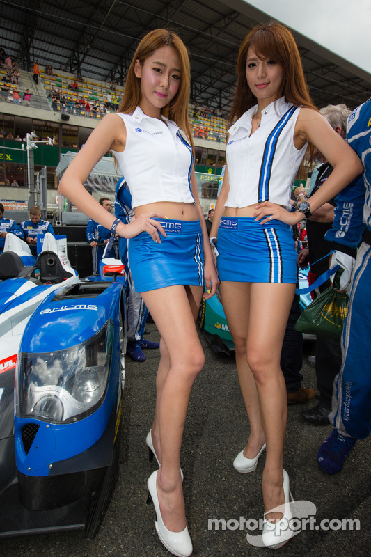 The-lovely-KCMG-girls