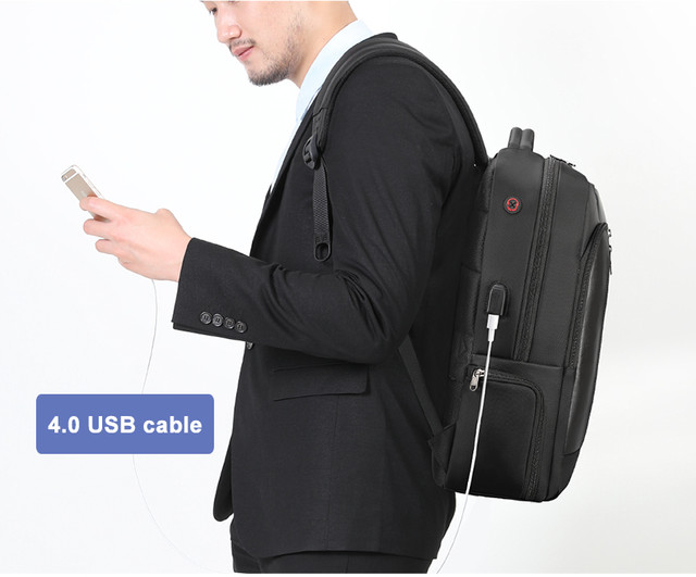7-USB-recharging-backpack
