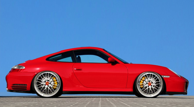 Dr-Knauf-Slammed-Altered-Porsche-996-4-S-Red-2021