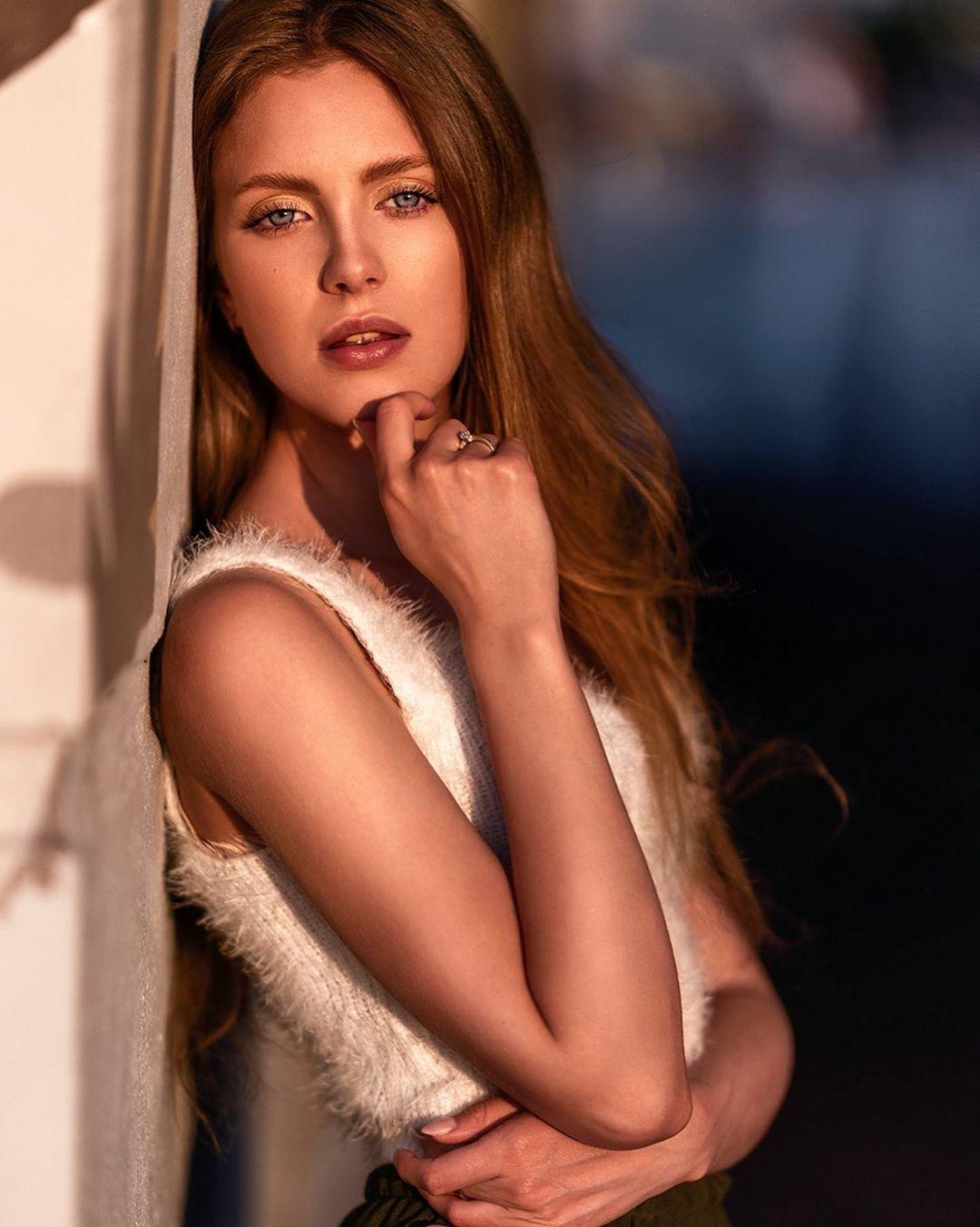 Nicole-marie-j-Wallpapers-Insta-Fit-Bio-4