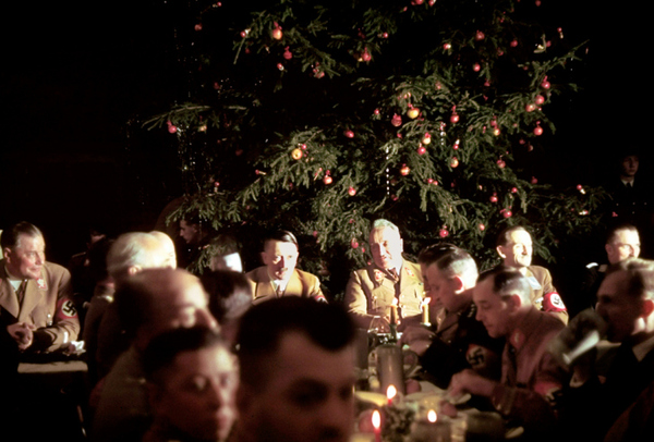 Color photos of Hugo Jaeger. New Year's party of the Nazis in Munich