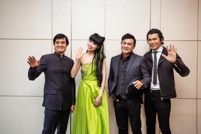 Jessica-Minh-Anh-578-10
