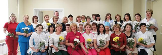 Старшие медсестры Краснотурьинской городской больницы (поздравление главного врача)
