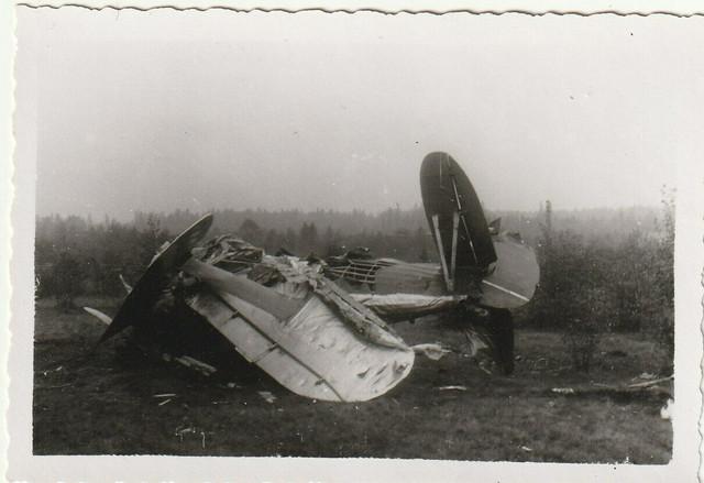 Altes-Foto-Zerst-rtes-Flugzeug
