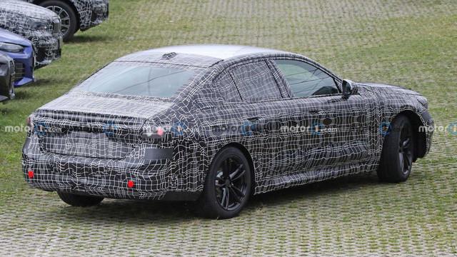 2023 - [BMW] Série 5 / M5 [G60 / G61] - Page 3 9-C311-E5-A-4-B0-D-42-E9-9124-51-C3-ECC3356-A