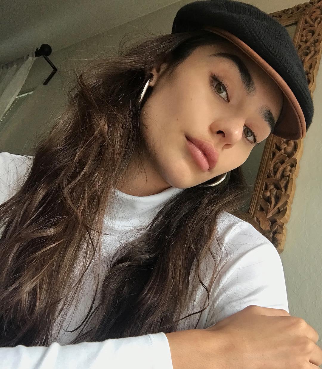 Kaitlyn-Fitzpatrick-Wallpapers-Insta-Fit-Bio-17