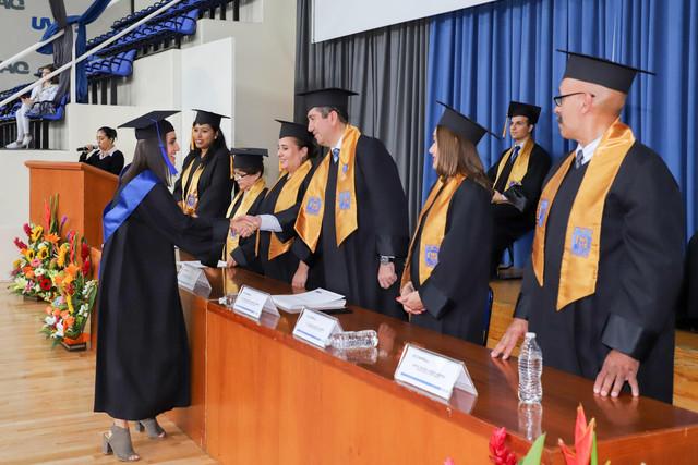 Graduacio-n-Cuatrimestral-45