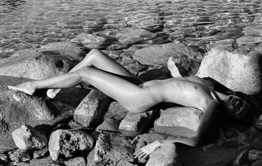 Откровенная и раскованная модная фотография в непринуждённом документальном стиле от Антуана Вергла