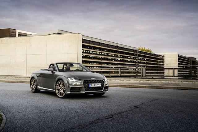 Accent sportif : l'Audi TTS competition plus A208540-medium