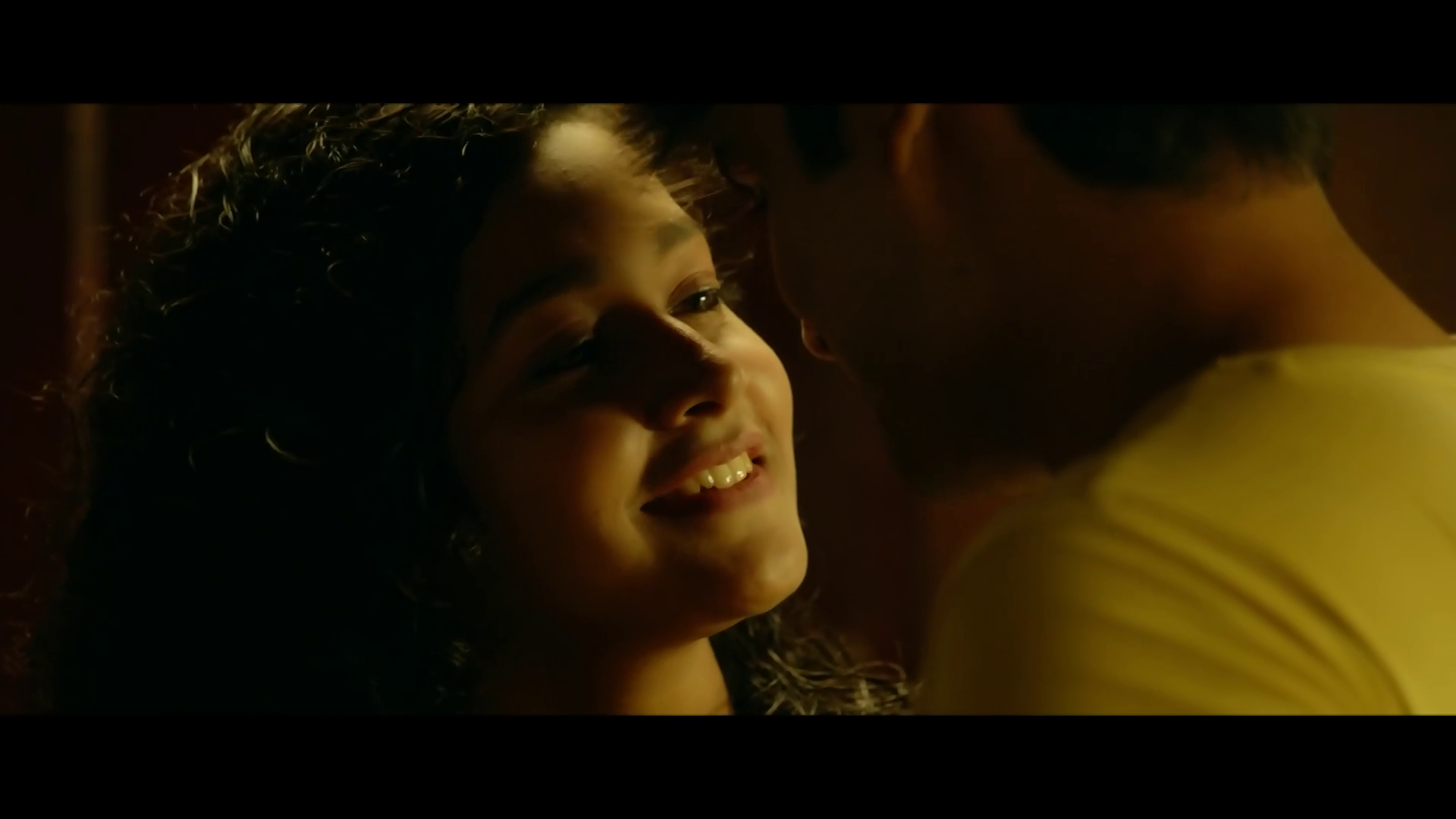 2 States Bing Torrent Screenshots