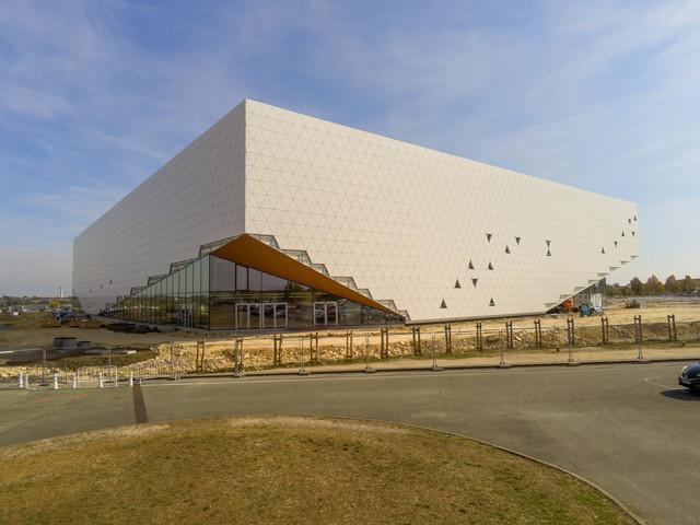 « Arena Futuroscope » grande salle de spectacles et de sports · 2022 - Page 21 103006342626-HDR