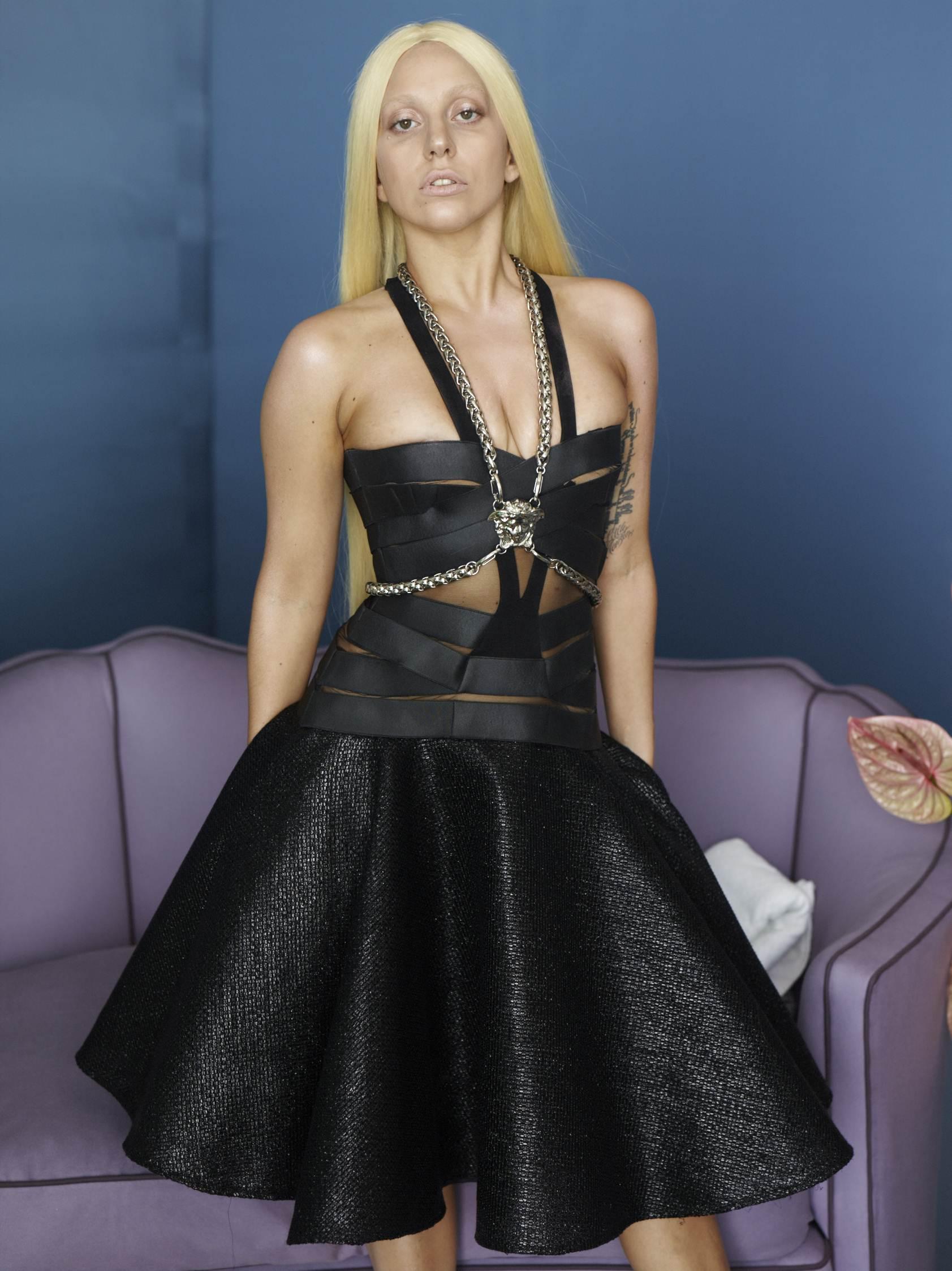 2013-Versace-black.jpg