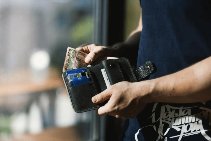 politika oplaty procentov za polzovanie kreditom
