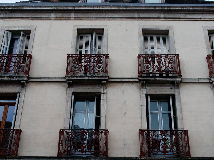 Там, где кончается Кот-д'Ор или Осон, застывший во времени. Небольшой фотоотчёт.