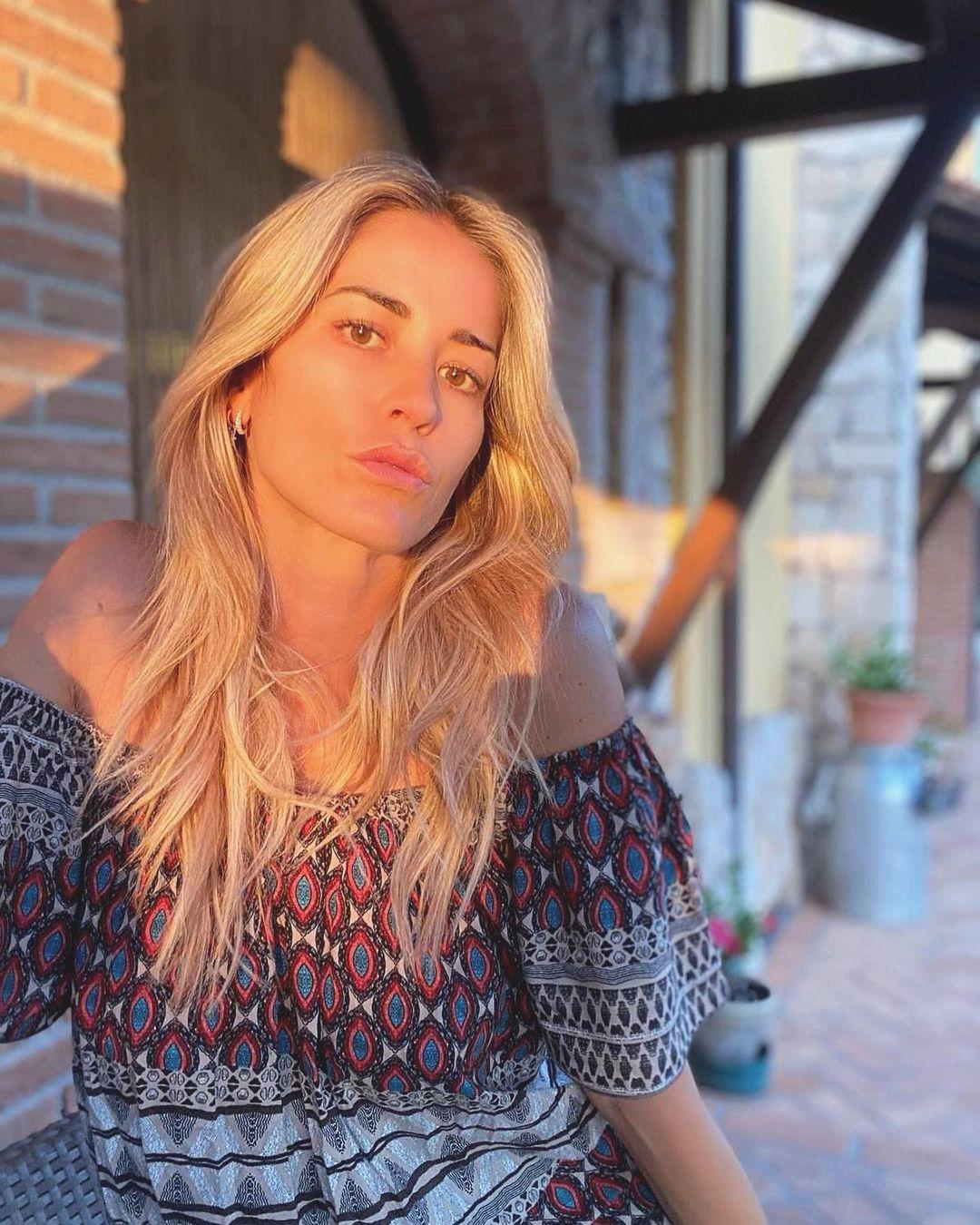 Elena-Santarelli-Wallpapers-Insta-Fit-Bio-7