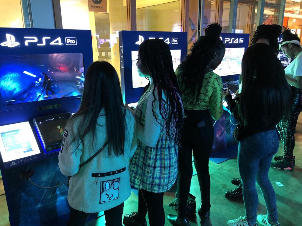gamer-girls-night-in