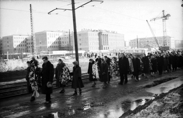 Dyatlov pass funerals 9 march 1959 10.jpg