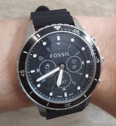 https://i.ibb.co/4d5kVK1/Fossil-logo-watch-s.jpg