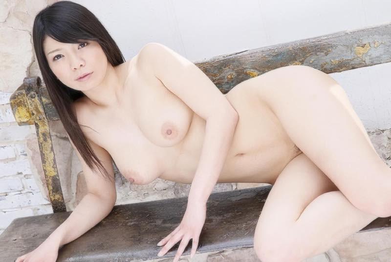 穂高ゆうき デジタル写真集『初裸 virgin nude 穂高ゆうき』