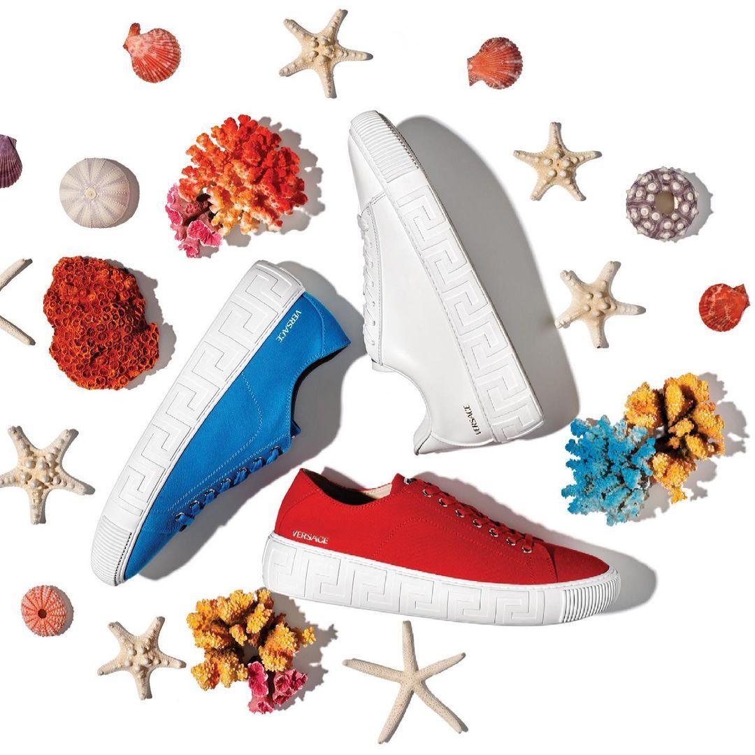 Versace, le nuove sneakers Greca per l'Estate 2021