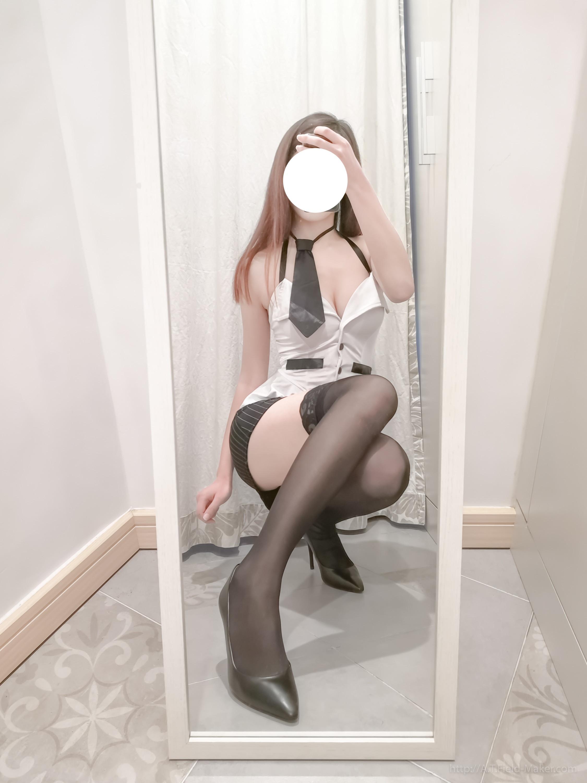 Tsubaki Album Selfie vol.002 Mini Hip Skirt Sexy Teacher 003
