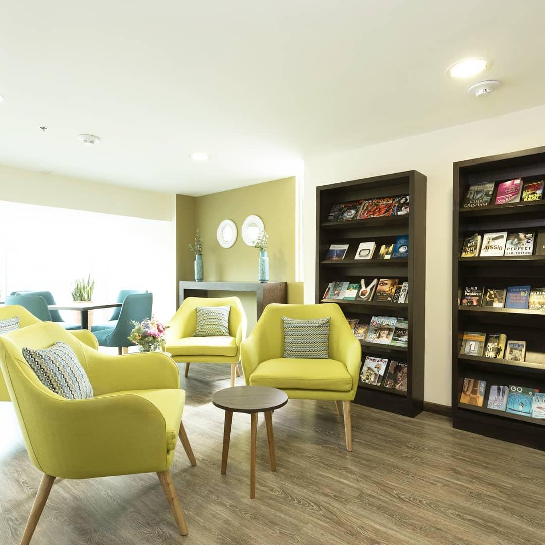 Hotel-usaquen-bogota-biblioteca