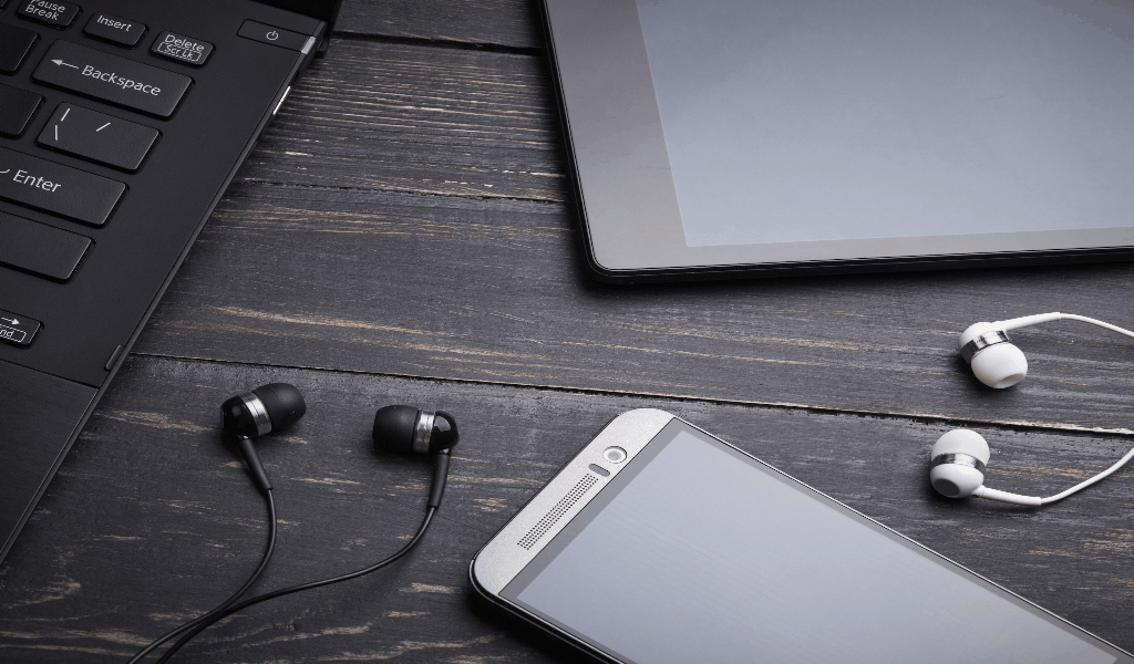 Gadgets Review Aplication