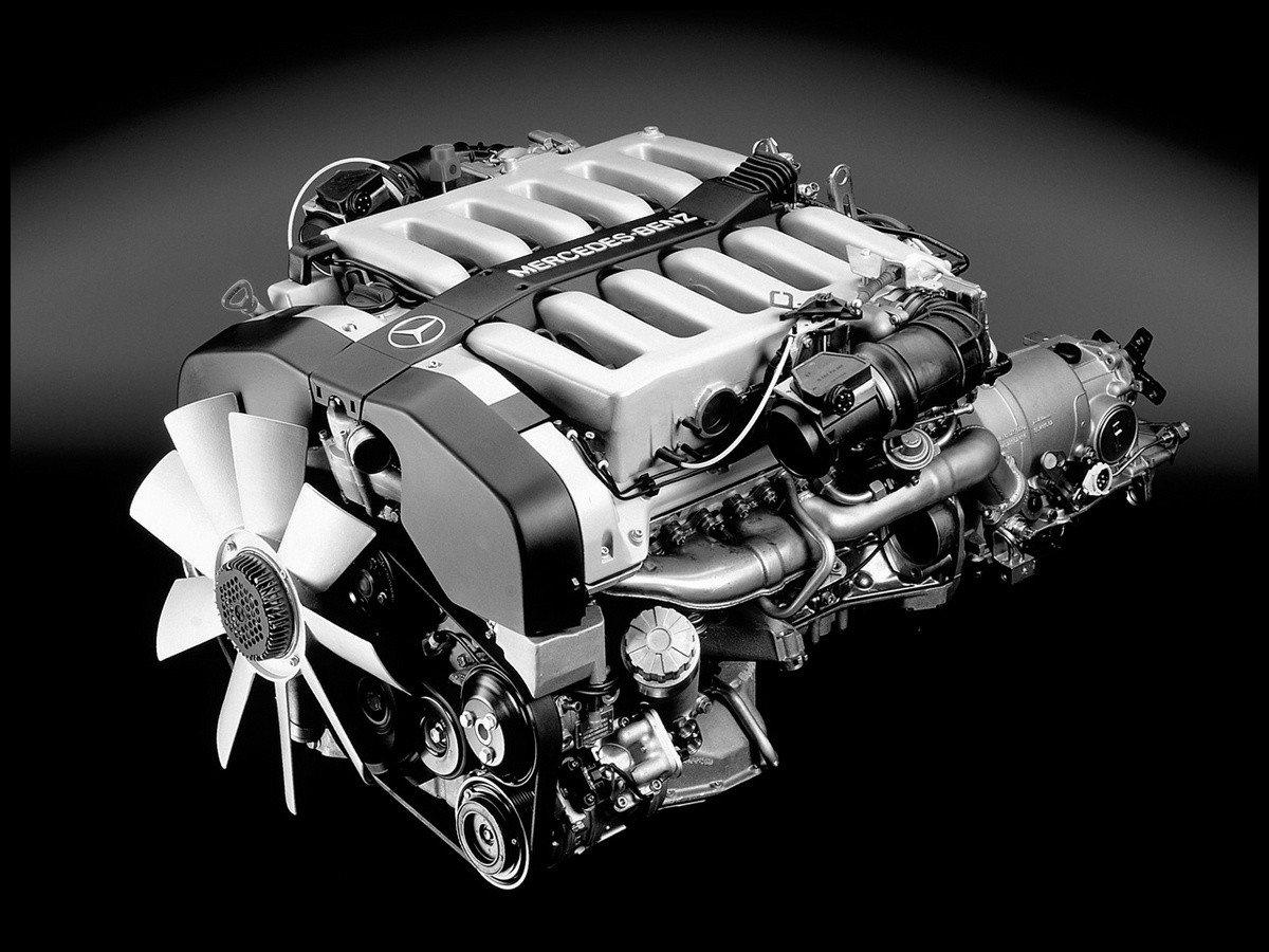 Moteur-V12-Mercedes-Benz