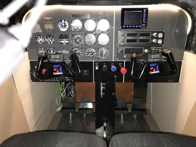 Meu HomeCockpit pronto 46844893-338842980277947-6708318224305356800-n