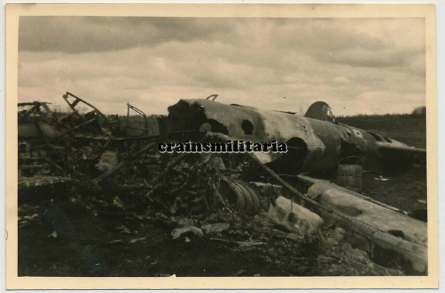Orig-Foto-russisches-Flugzeug-Wrack-Bomber-in-Russland