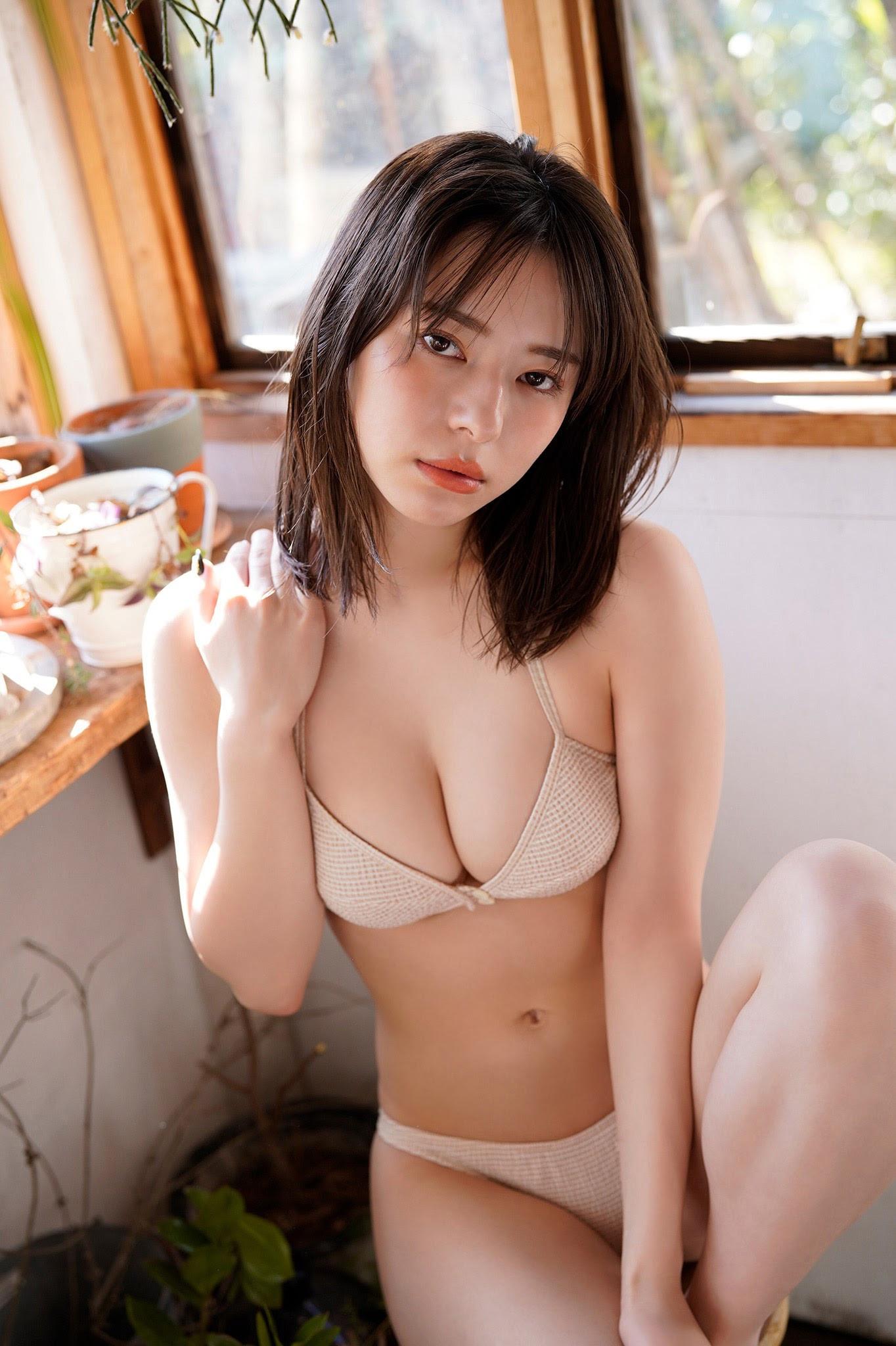 [Yanmaga Web] マーフィー波奈・ヤンマガアザーっす!033