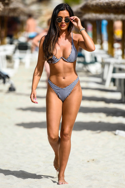 EXCLUSIVE-Shelby-Tribble-was-spotted-on-the-beach-in-Majorca-looking-sensational-in-a-revealing-biki